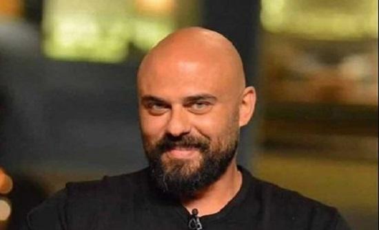 بملابس جريئة.. زوجة أحمد صلاح حسنى تثير الجدل فى عيد ميلاده