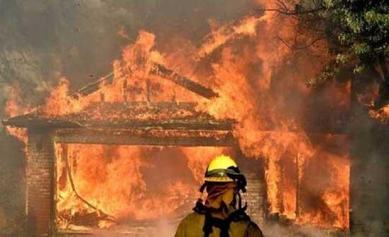 الاحتلال يجلي 400 عائلة إثر حريق في مستوطنة بالقدس .. بالفيديو