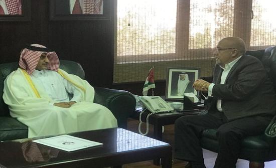 وزير المياه والري يستقبل السفير القطري لدى الاردن