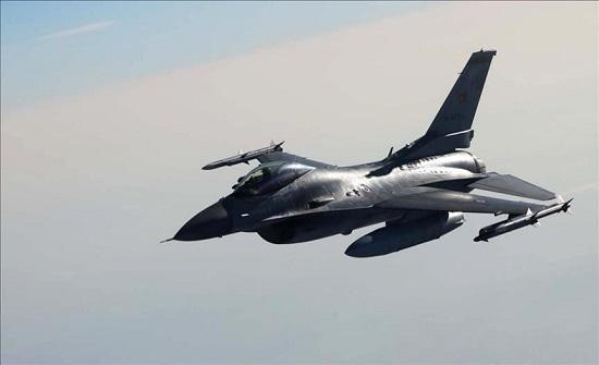 ليبيا.. غارة تستهدف حافلة لمليشيا حفتر جنوب طرابلس