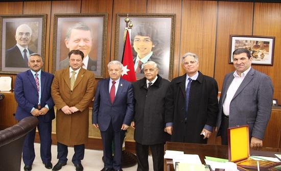بحث التعاون بين اليرموك والمرصد الوطني الأردني لحقوق الإنسان