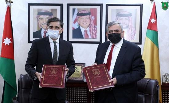 اتفاقية بين الجامعة الأردنية والأميركية للتنمية الدولية