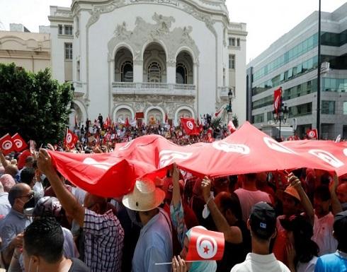 """الإساءة للرموز التونسية من """"أنصار الشريعة"""" إلى """"أنصار قيس سعيّد"""""""