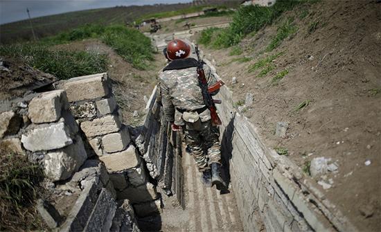 """رئيس وزراء أرمينيا يتهم أذربيجان بـ """"إعلان الحرب"""" على شعبه"""