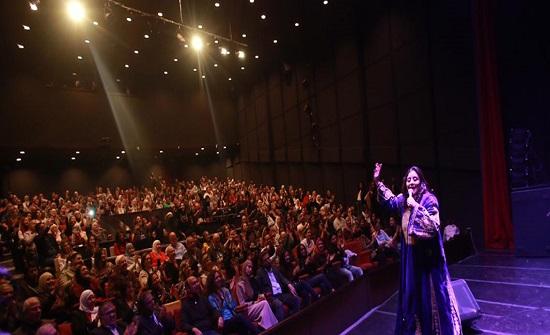 الفنانة موسى تحيي حفلا غنائيا في مسرح الشمس