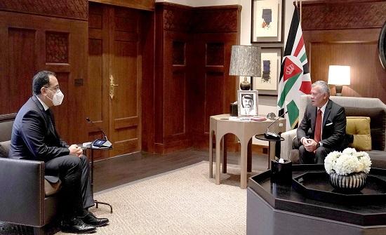 الملك يستقبل رئيس الوزراء المصري