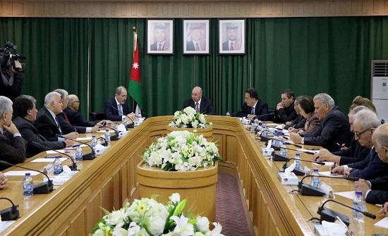 الفايز والصفدي يثمنان مواقف جلالة الملك في الحفاظ على الثوابت الأردنية