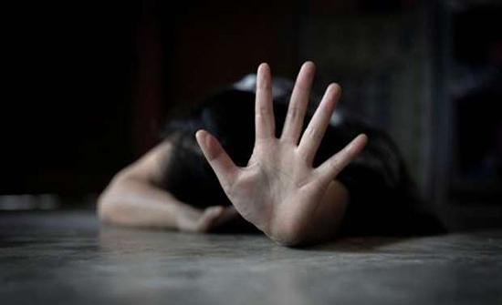 مصر: ضبط سيدة جمعت بين زوجين في «الفلانتين» .. وزوجها الرسمي يتهمها بالزنى