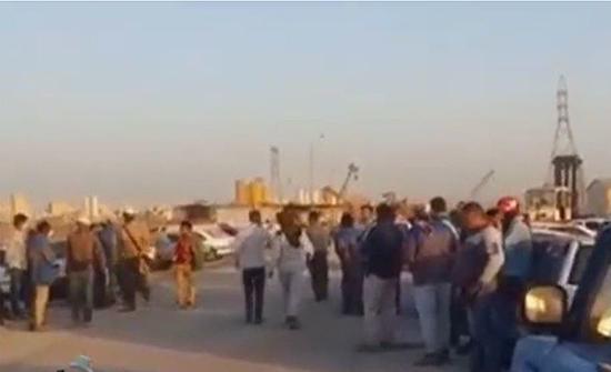 إضرابات واسعة في مصافي النفط الإيرانية .. بالفيديو