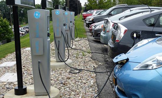 ابتكار تقنية جديدة لشحن بطارية السيارة الكهربائية بـ10 دقائق فقط