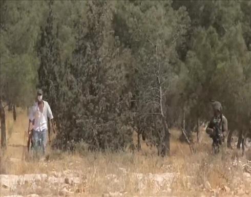 الضفة.. مستوطن إسرائيلي يطلق الرصاص على 3 أطفال فلسطينيين