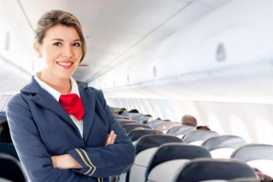 اعتقادات خاطئة شائعة حول مهام مضيفي الطيران