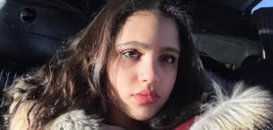 """جنى عمرو دياب تحتضن شاب في أحدث ظهور لها..متابعون: """"خطيبك ولا عادي؟"""""""