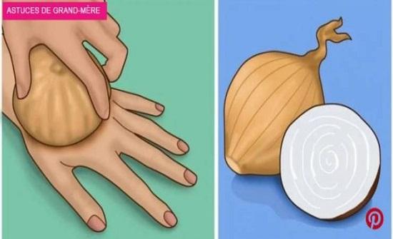 لن تصدقوا المعجزة التي ستحصل عند وضع البصل على الجلد أو في الجوارب!