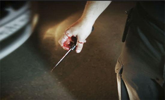 رجل يقتل طليقته أمام طفلتهما في مشهد مروع  .. صورة