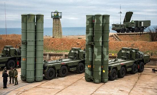 """الولايات المتحدة: روسيا تنشر """"إس-400"""" في العالم مثل بندقية """"كلاشنكوف"""" لخفض نفوذنا"""