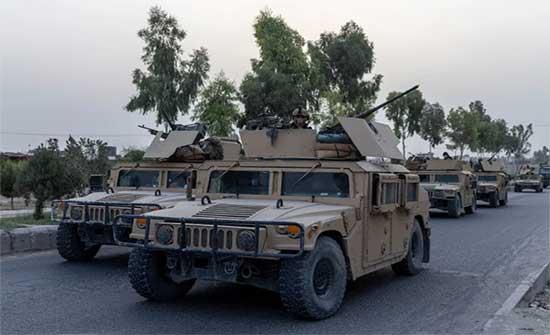 طالبان تنتزع معبرا حدوديا رئيسيا.. الأمم المتحدة تدعو الأطراف الأفغانية للسلام في العيد وروسيا تحذر الحركة
