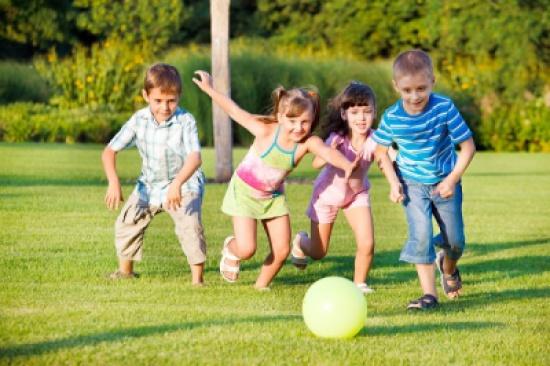 7 طرق لتحويل الطفل إلى شخص اجتماعي