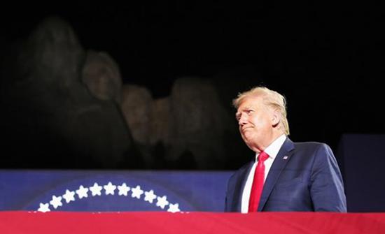 """ترامب يقيم احتفالا ثانيا لـ""""عيد الاستقلال"""" رغم انتشار كورونا"""