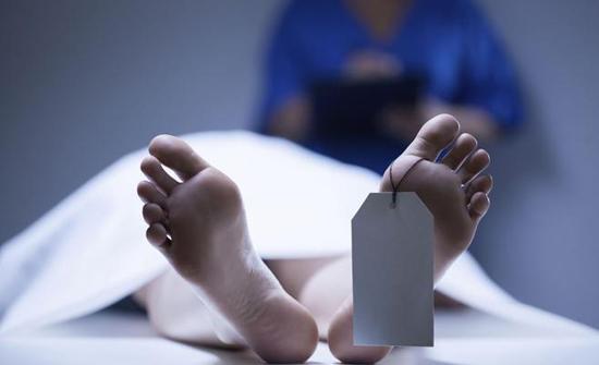 العثور على جثة شاب داخل منزله في النصر