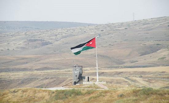 """الجيش الاسرائيلي : """"المواطن تسلل طوعا وبإرادته للأردن """""""