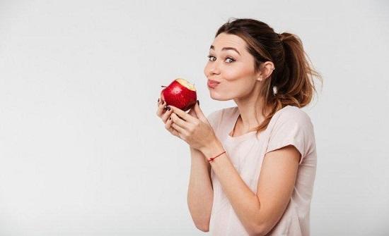 فوائد غير متوقعة للتفاح في رمضان
