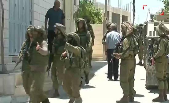 الاحتلال يغلق عدة مؤسسات فلسطينية بالقدس