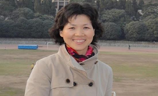 """نفت هروبها من الصين.. تعرّف على """"المرأة الخفّاش"""" التي تمتلك أسرار كورونا"""