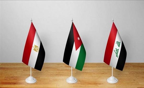 """سفير مصر: عمّان والقاهرة لديهما """"فائض في الكهرباء"""" ويحاولان تصديرها إلى العراق"""