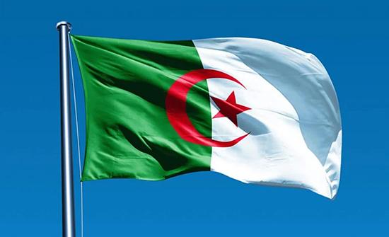 الجزائر تحظر على الطائرات الحربية الفرنسية التحليق في أجوائها