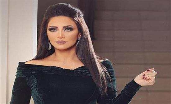 2500 درهم سعر فستان ديانا حداد الاحمر المثير في أحدث جلسة تصوير .. شاهد