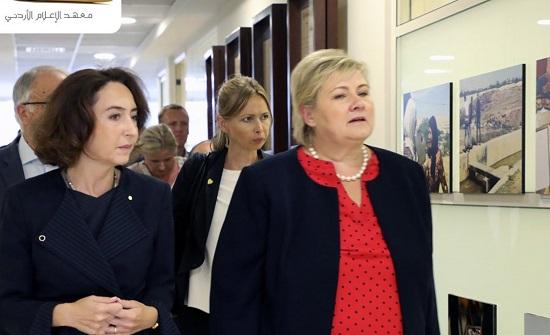 رئيسة وزراء النرويج تؤكد أهمية المساءلة الصحفية ودورها في الارتقاء بجودة المحتوى الإعلاميّ