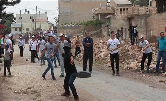 إصابة فلسطينيَين في اعتداء مستوطنين جنوبي الضفة الغربية