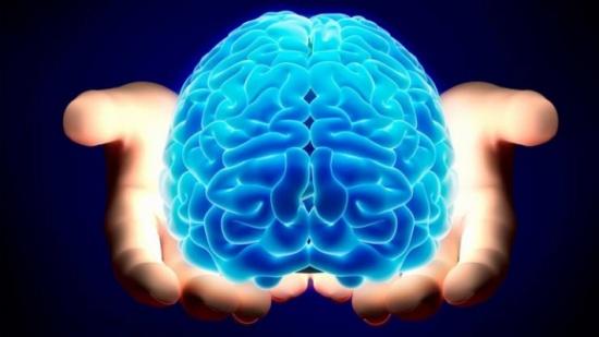 عادات تؤدي إلى أضرار خطيرة بالدماغ