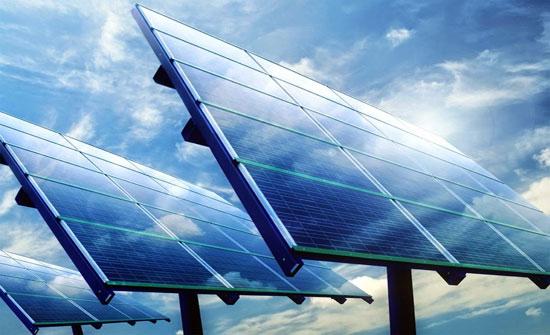 انخفاض فاتورة الكهرباء لـ 35 مسجدا بالطفيلة لاستخدامهم الطاقة الشمسية