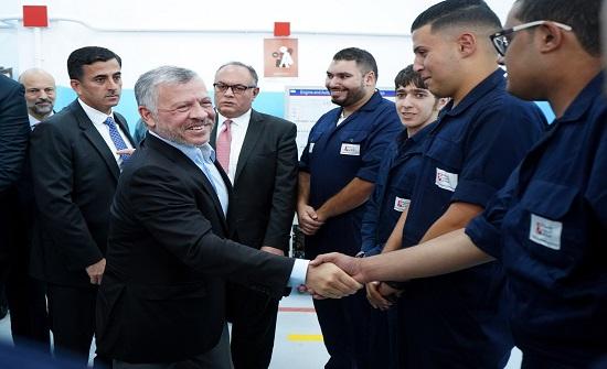 بالصور : الملك يزور معهد ماركا للتدريب المهني