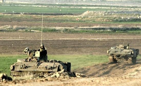 جيش الاحتلال الاسرائيلي يتوغل وسط قطاع غزة