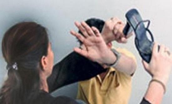 كويتية تضرب زوجها وتشق وجهه