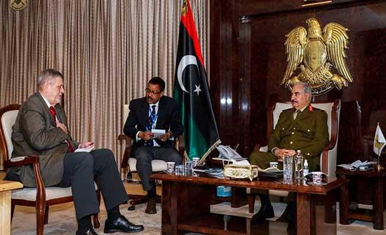 ليبيا.. حفتر طالب كوبيتش بضرورة تفكيك الميليشيات وخروج المرتزقة