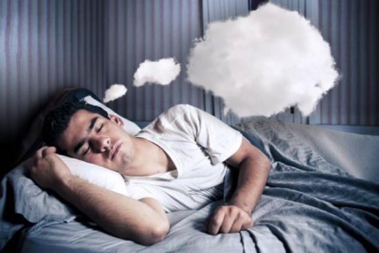 لماذا تتكرر الأحلام ذاتها لدى الناس؟