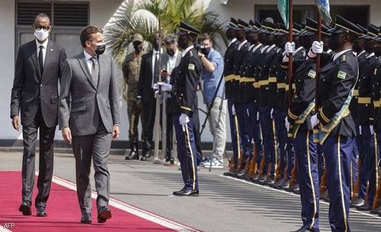 ماكرون يزور رواندا.. وأشباح الماضي تطارده