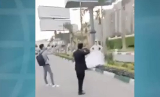 فيديو : عروس ترقص في الشارع