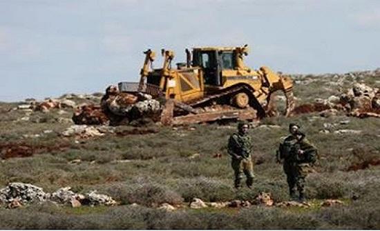 الاحتلال يجرف 58 دونما من اراضي غرب سلفيت
