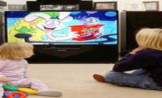 مشاهدة التلفزيون أخطر العادات غير الصحية على الطفل