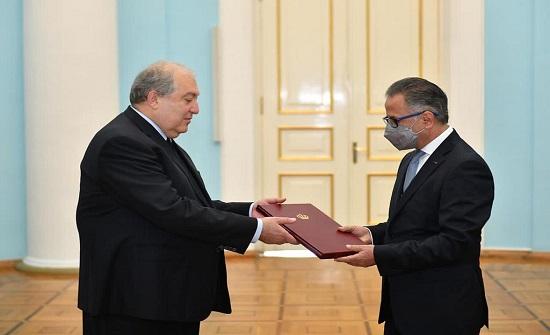 السفير الشوابكة يقدم أوراق اعتماده للرئيس الأرميني