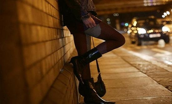 فتيات ليل تل أبيب يطالبن حكومة إسرائيل بدفع تعويض بعد حظر التجول بسبب كورونا