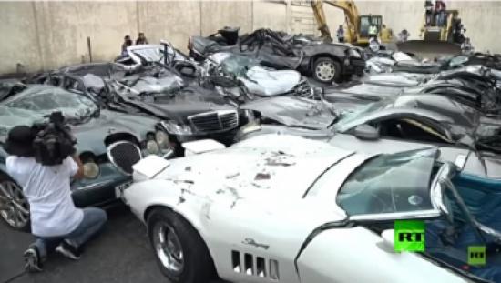 بالفيديو.. مجزرة سيارات .. اليكم التفاصيل