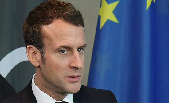 ماكرون: لا حل عسكري للأزمة الليبية وأدعو لاستئناف الحوار بشكل فوري وبدء العملية السياسية
