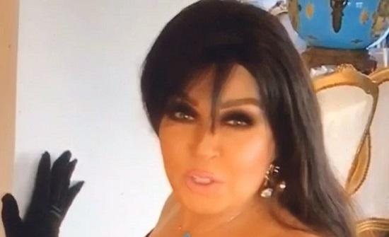 الراقصة المصرية فيفي عبده تعود من جديد بصورة مثيرة