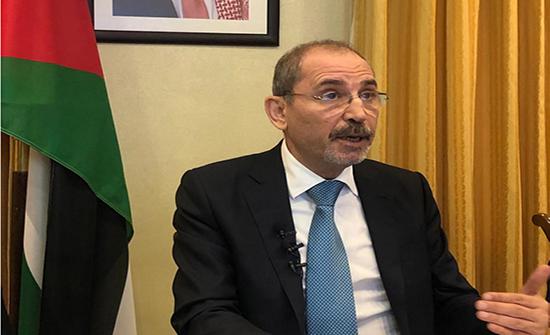 وزير الخارجية يؤكد تضامن المملكة مع لبنان